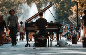 ジャズピアノを始めてみよう!初心者におすすめの楽譜や書籍など一挙紹介