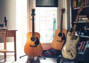 【初心者向け】ギターの種類とその特徴 エレキ・アコギってなに?